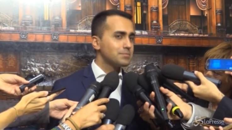 """Di Maio: """"Negozi chiusi di domenica a turno"""""""