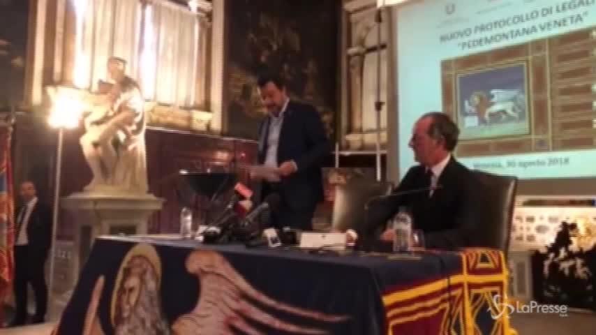 """Diciotti, Salvini: """"Ho altri due capi d'imputazione, sono medaglie"""""""