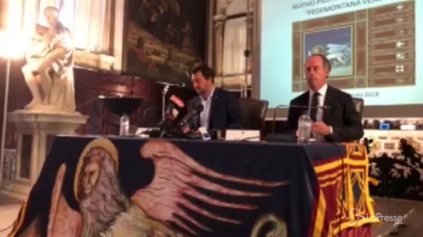 """Cucchi, Salvini: """"Incontrerò la famiglia, ma difendo la sicurezza delle forze dell'ordine"""""""