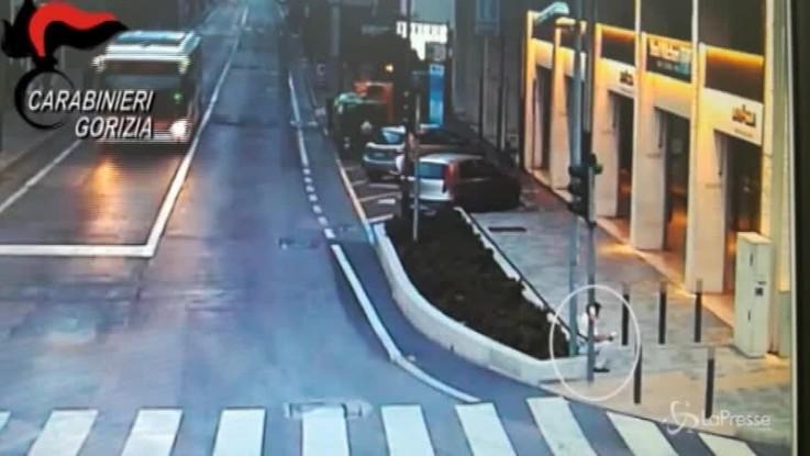 Furti con machete, arrestati a Gorizia 5 cinesi