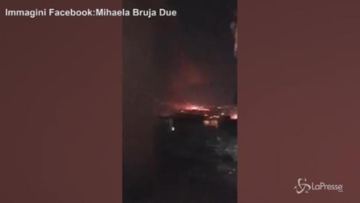 Siria, le esplosioni nella notte vicino l'aeroporto di Damasco