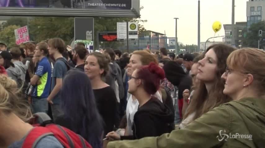 Chemnitz, in 60mila al concerto contro il razzismo