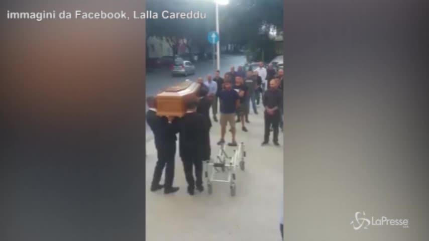 Funerale fascista a Sassari, il video-denuncia della consigliera comunale