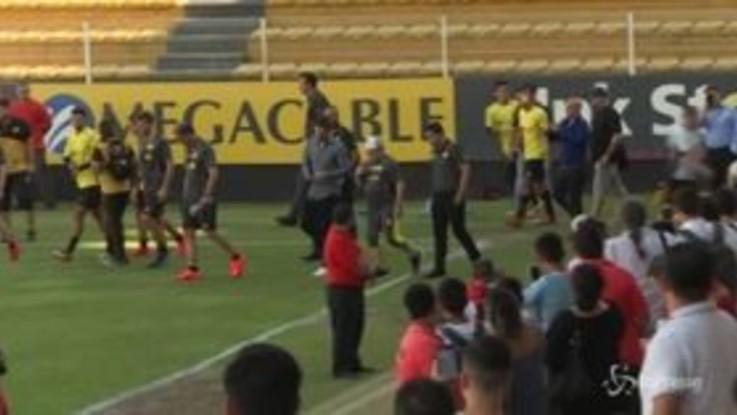 Maradona: primo allenamento in Messico, show davanti ai tifosi