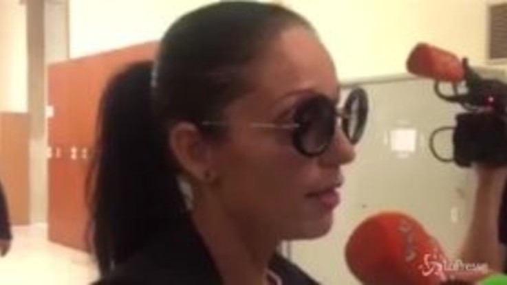 """Nina Moric chiamò Belen """"viado"""": condannata a multa di 600 euro"""