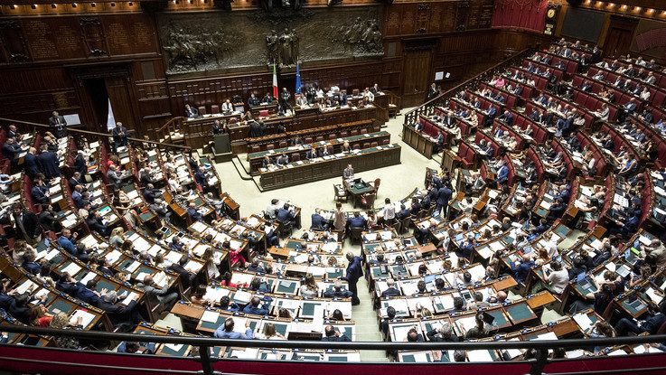 """Milleproroghe, prima fiducia per Lega-M5S. Insorge l'opposizione: """"Atto illegittimo"""""""