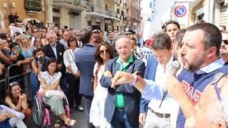 """Salvini a Bari: """"Entro l'anno decine di nuovi agenti delle forze dell'ordine"""""""