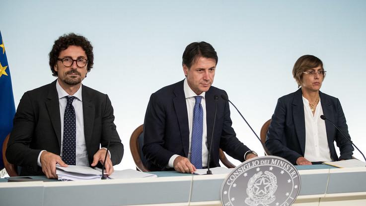 Genova e terremoto, cosa prevede il decreto legge 'urgenze'