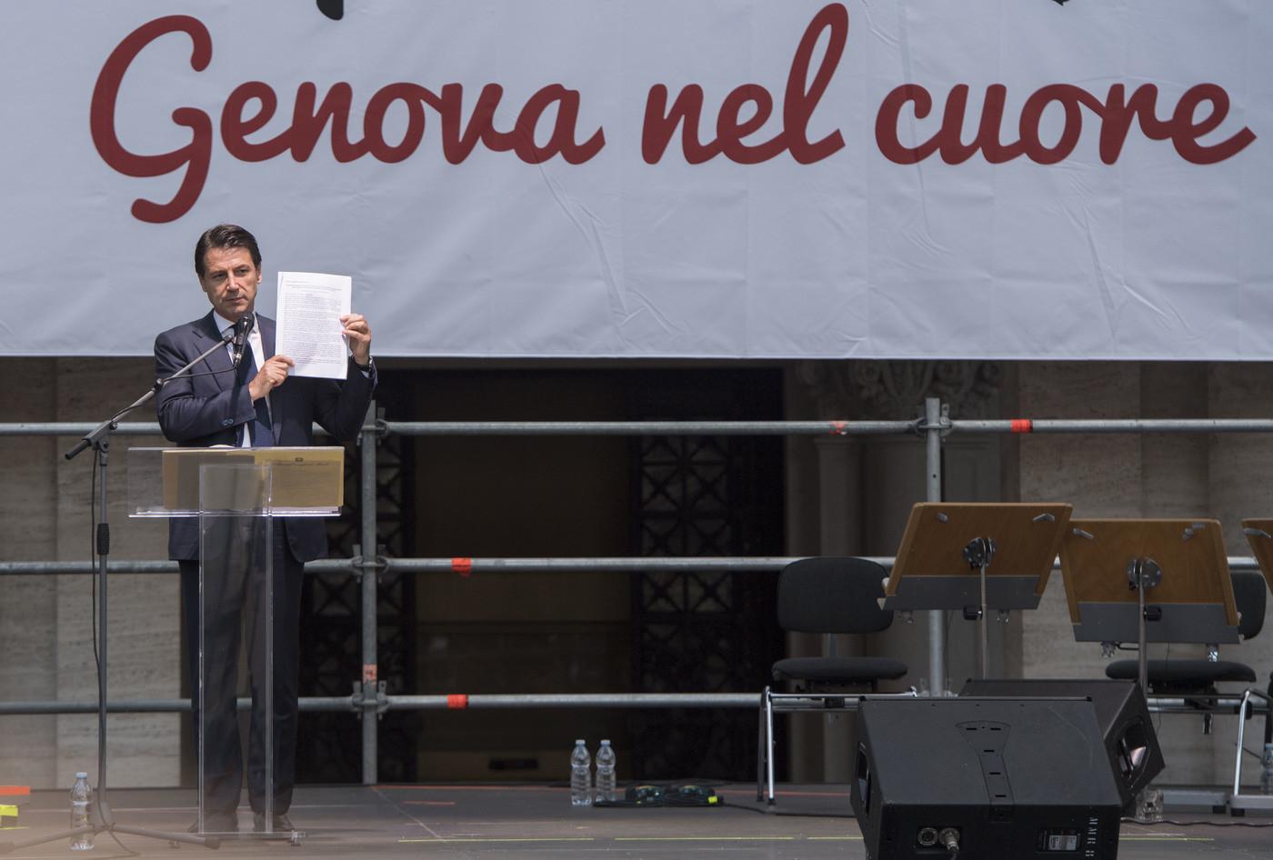 """Genova, Conte: """"Commissario con pieni poteri dopo l'entrata in vigore del decreto"""""""