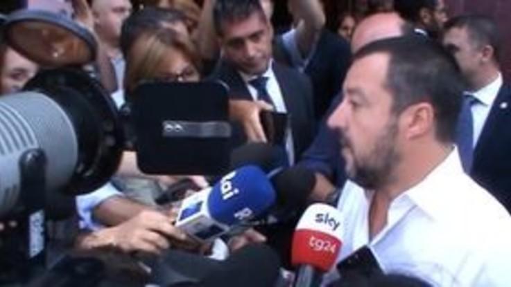 """Migranti, Salvini: """"Bloccato flusso dalla Libia, lavoriamo su Tunisia e Turchia"""""""