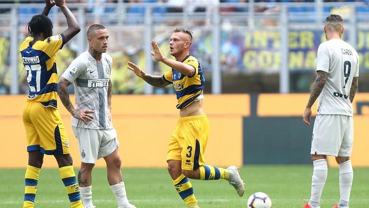 Serie A, psicodramma Inter: Parma espugna San Siro con Dimarco