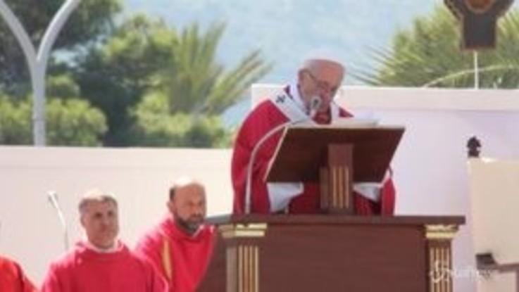 """Il Papa a Palermo: """"Abbiamo bisogno di cristiani col sorriso"""""""