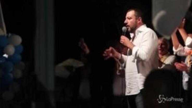 """Salvini a Fano: """"Lussemburgo generoso con i migranti? Se li becchino loro"""""""