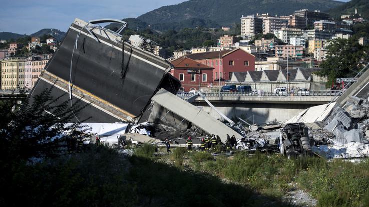"""Genova, Autostrade: """"Raccolta fondi è un'iniziativa spontanea dei dipendenti"""". Toninelli: """"Ignobile"""""""
