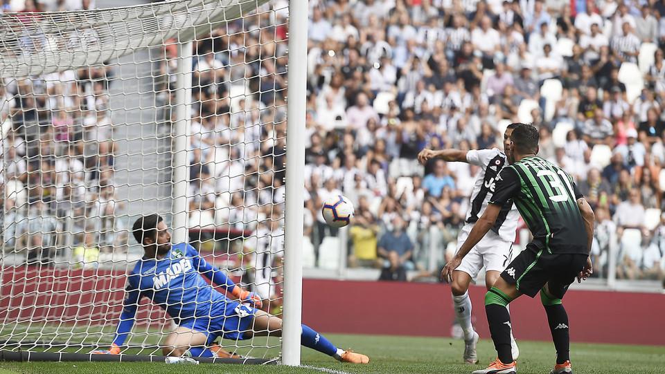 La prima rete di Ronaldo ©