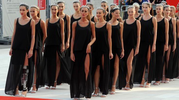 """Miss Italia, Bordi ribatte agli insulti sul web: """"Mi manca un piede, ad altri il cuore"""""""