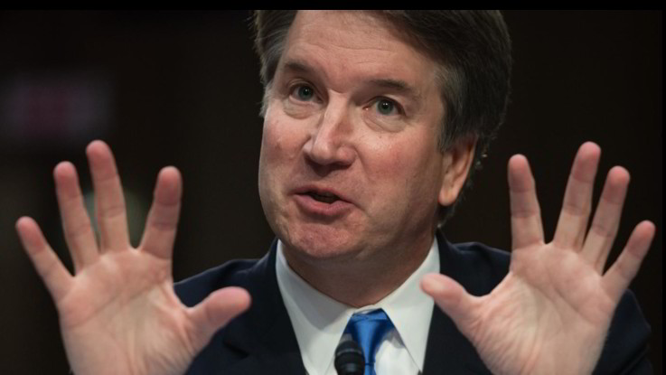 Corte Suprema Usa, accuse di abusi sessuali per il giudice scelto da Trump