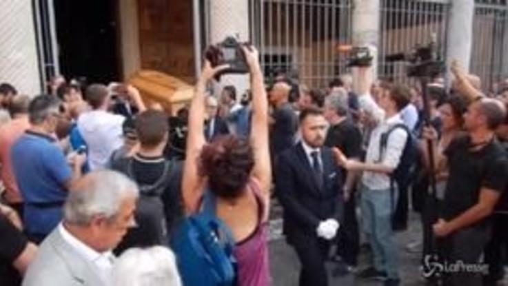 """Funerali Maria Sensi, la figlia Rosella: """"Ora è vicina a Franco"""""""