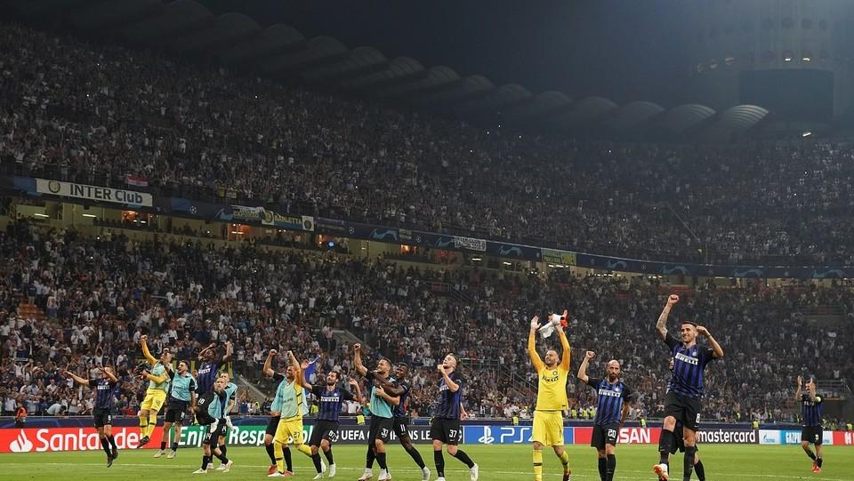 L'Inter festeggia la vittoria ©