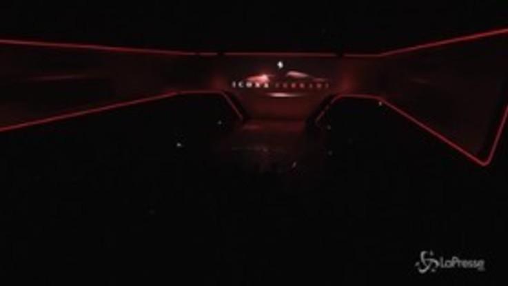 Ferrari, l'emozione di Elkann nel ricordare Marchionne presentando la serie 'Icona'