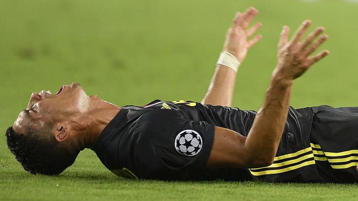 Valencia-Juve, la reazione di Ronaldo alla sua prima espulsione in Champions