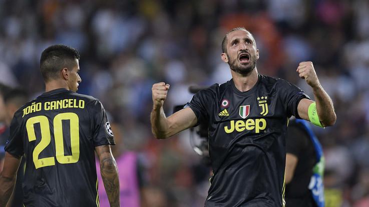 Champions, Valencia-Juve, le pagelle: Chiellini super, arbitro disastroso