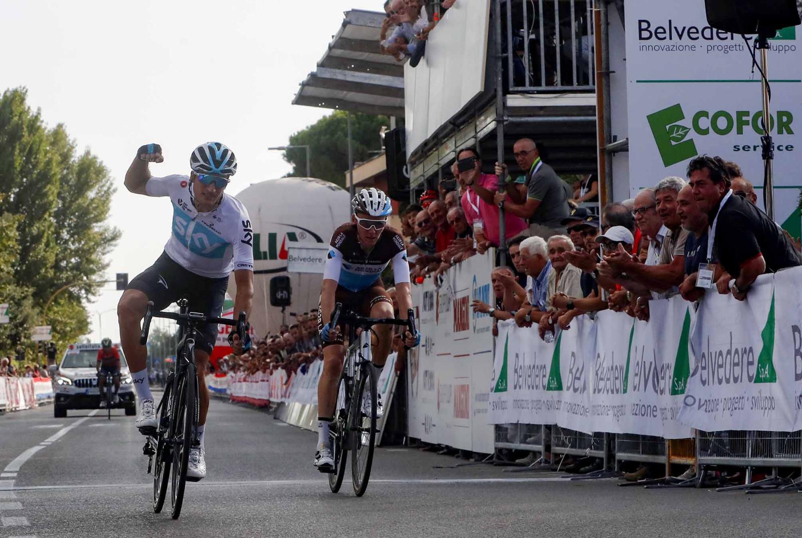Ciclismo, Moscon da Mondiale. Il Giro della Toscana è suo
