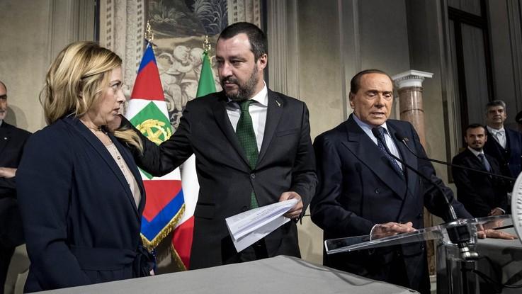 Centrodestra, è di nuovo intesa. Ma il Cav mette in difficoltà Salvini con M5s