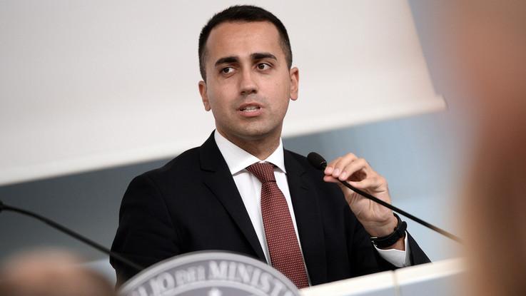 """Manovra, Di Maio: """"Reddito di cittadinanza ristretto a cittadini italiani"""""""