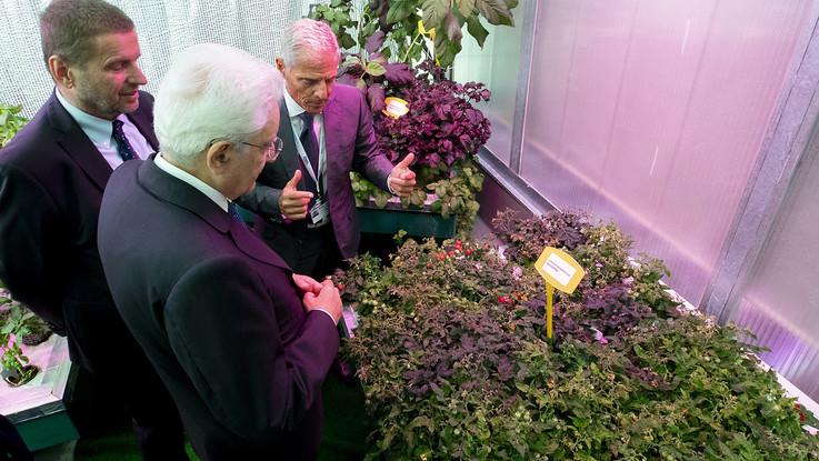 """Mattarella in visita all'Enea: """"Solo voi potete darci l'innovazione che serve al Paese"""""""