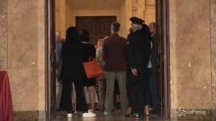 """L'applauso di Milano a Inge Feltrinelli: """"Una donna che non conosceva muri"""""""
