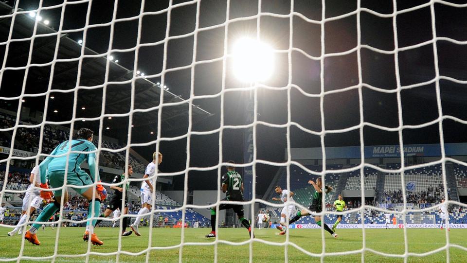 Francesco Caputo (Empoli) realizza il gol dell'0-1 ©