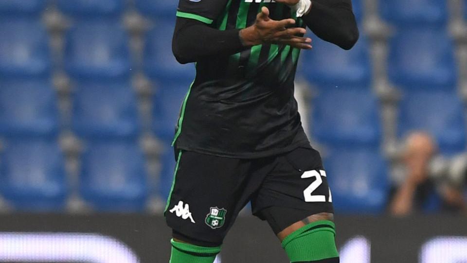 Kevin Prince Boateng esulta dopo aver realizzato il gol 1-1 ©