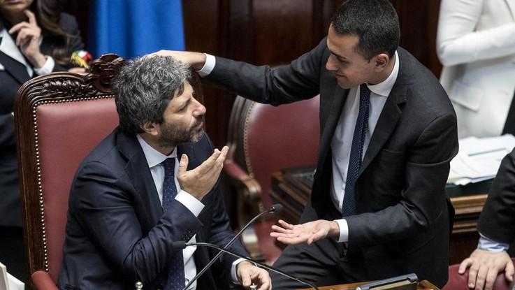 """Migranti, Di Maio: """"Per fortuna niente più Ong nel Mediterraneo"""". Fico ribatte: """"Italia salvi vite in mare"""""""