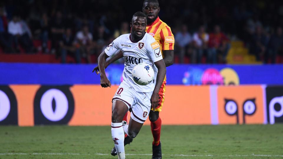 Serie B: Benevento-Salernitana 4-0. In azione Bilong (Salernitana) ©