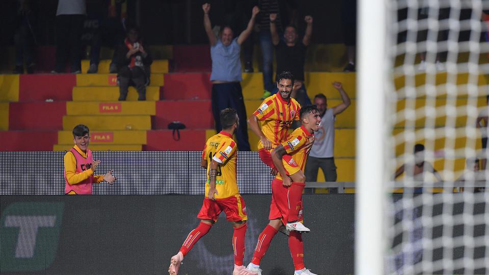 Serie B: Benevento-Salernitana 4-0 - Asencio festeggia il gol del 4-0 ©