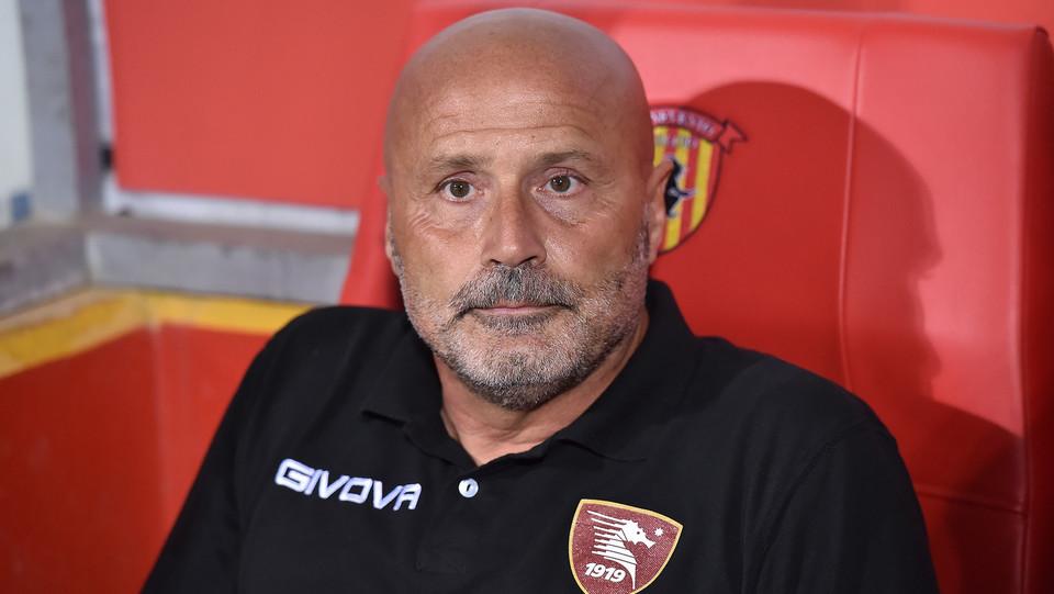 Serie B: Benevento-Salernitana 4-0 - Colantuono (allenatore Salernitana) ©