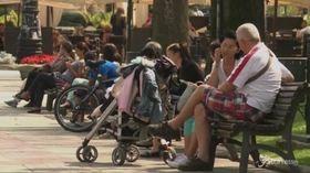 Istat, crescono i consumi delle famiglie