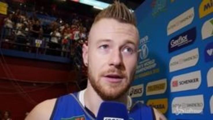 """Mondiali Volley, Zaytsev ipnotizzato dal pubblico del Forum: """"Una figata!"""""""