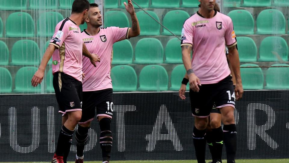 Serie B: Palermo-Perugia 4-1 - Al '58 arriva il gol di Trajkovski e il Palermo va a 3-0 ©