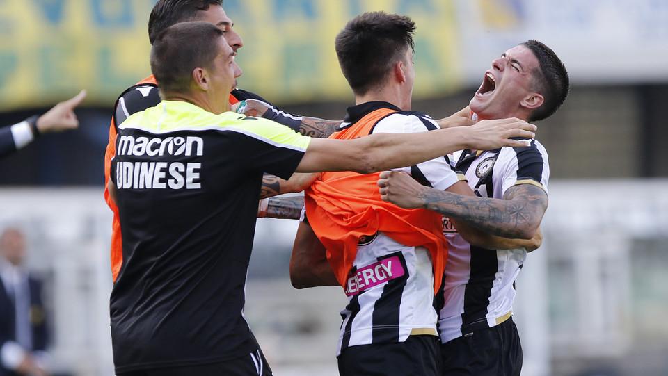 L'Udinese vola ed espugna il Bentegodi. Chievo sempre più in crisi. ©