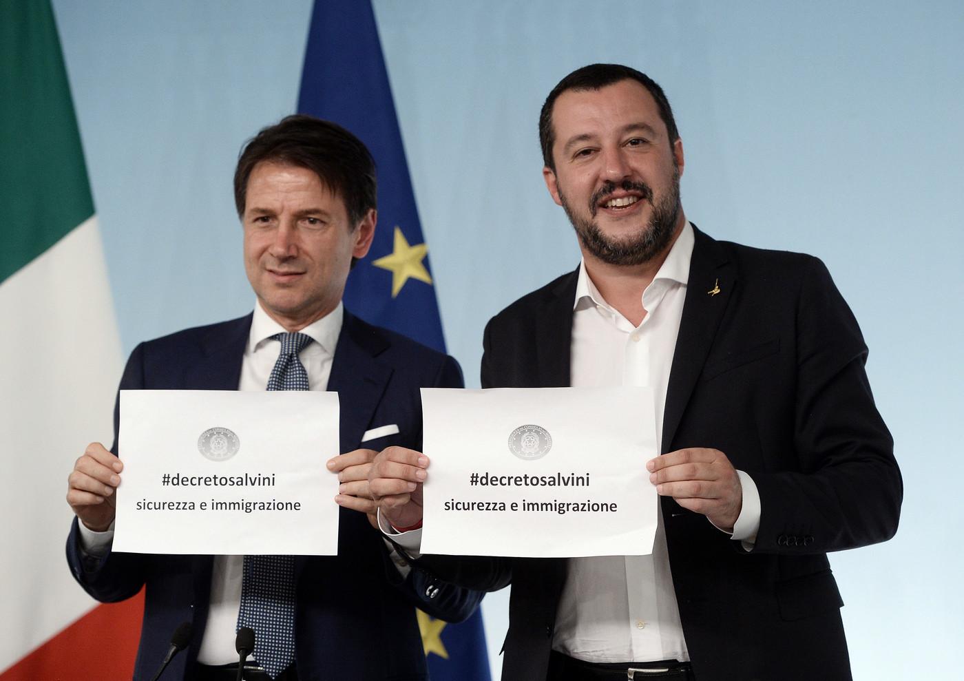 Decreto sicurezza, approvato all'unanimità dal Consiglio dei ministri. Stretta sui richiedenti asilo