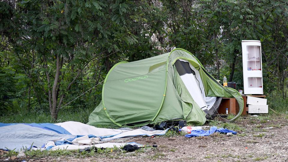 Una tenda presente sull'area ©