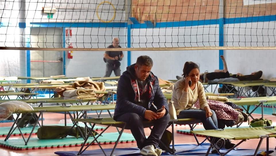 Alcuni sfollati del paese di Calci sono dovuti scappare di casa ©