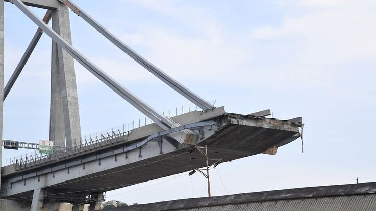 """Ponte Morandi, la Commissione Mit durissima con Aspi: """"Ha nascosto dati e non ha fatto manutenzione"""""""