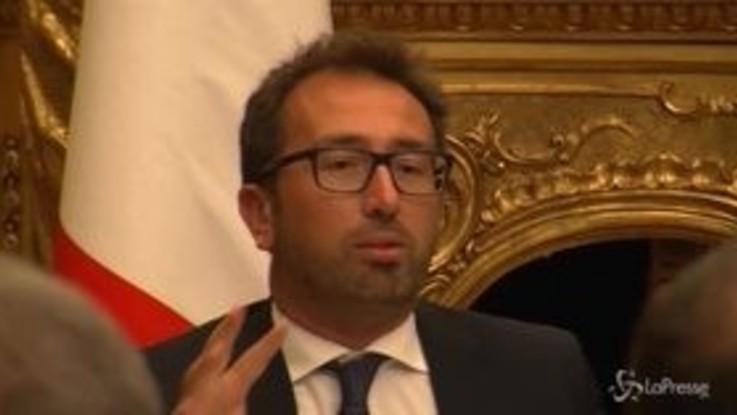 """Giustizia, Bonafede: """"Trasmettere ai giovani i valori della legalità"""""""
