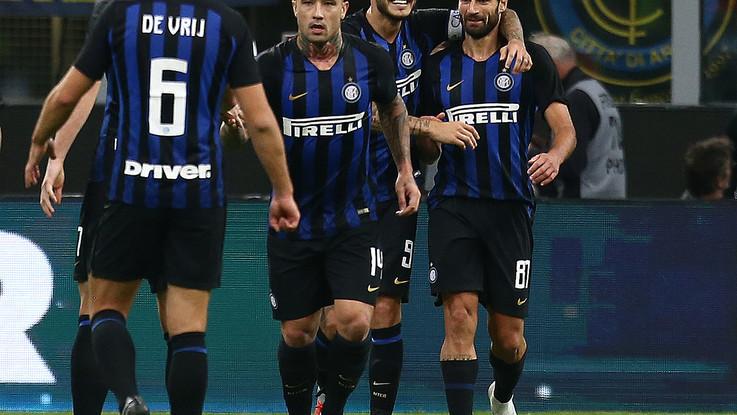 Icardi si sblocca con il Var, poi D'Ambrosio: Fiorentina stesa 2-1 a San Siro
