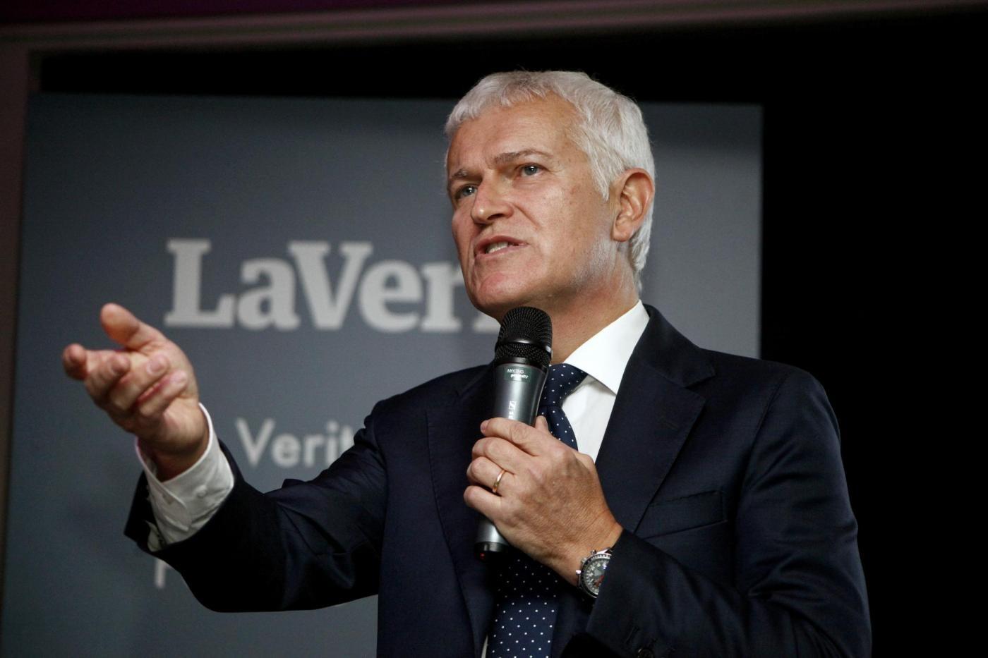 La Verità presenta un'offerta a Mondadori per Panorama