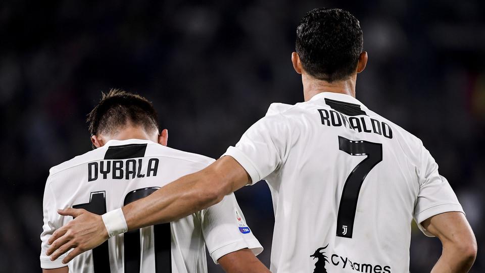 E viene abbracciato da Ronaldo ©