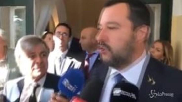 """Manovra, Salvini: """"Deficit al 2,4%? I numeri mi piacevano quando giocavo a tombola con nonna"""""""